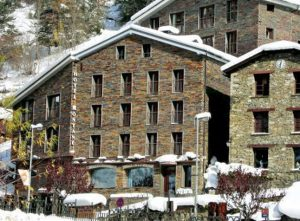 Hotel-Montane